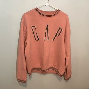 Vintage Style GAP spell out crew neck!